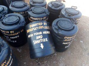 Vattentankar som Brandskyddslaget skänkt